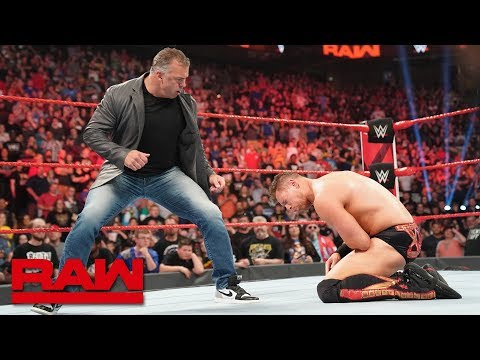 Shane McMahon distracts and attacks The Miz: Raw, April 29, 2019