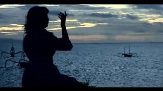 Download Gek Tika - Gayatri Mantram [OFFICIAL VIDEO]