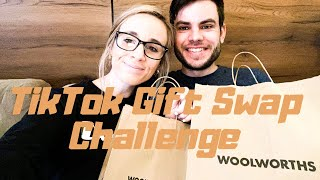 *viral* TikTok Challenge - Gift Swap | SOUTH AFRICAN YOUTUBER