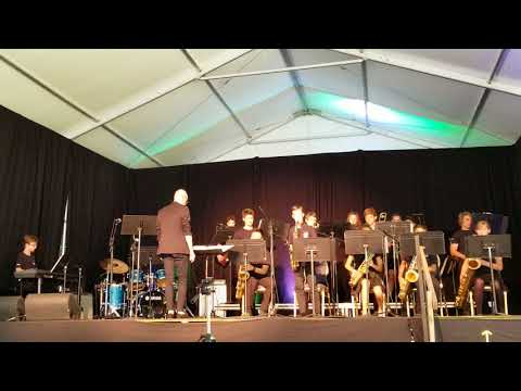 Henry Larsen elementary school jazz band
