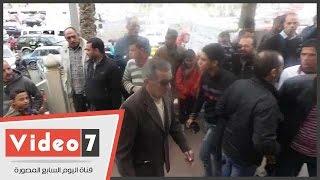 ياسمين الخيام وفريد وفهمى يشاركون فى تشييع جثمان الفنان أحمد راتب