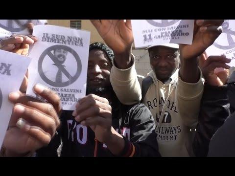 Napoli - Permessi di soggiorno bloccati, protestano gli immigrati: \