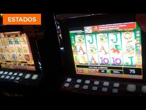 Hombres armados asaltan casino en Mexicali