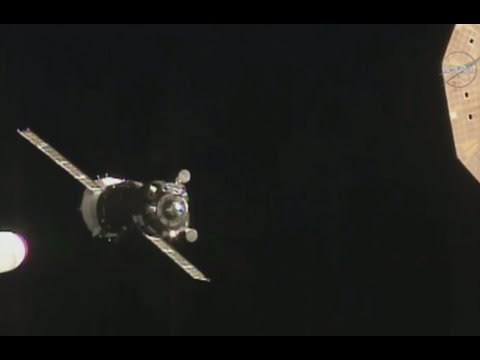 LIVE: Expedition 46 hatch opening after ISS docking