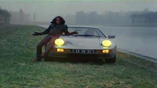 Скачать AC DC Walk All Over You 1979 Paris Official Video