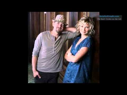 The Incredible Machine - SugarLand - Stuck Like Glue Awesome Song