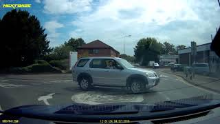 2018-07-04 - silver car fails to give way on roundabout