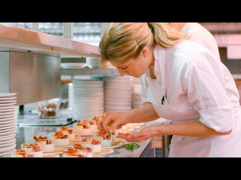 NYC's Famous Four Seasons Restaurant Wants to Teach You to Cook