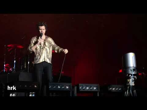 Harry Styles - Medicine (Live On Tour 2018 Singapore)