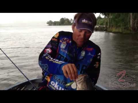 How to fish a Square Bill Crankbait for Big Bass - Line, Rod