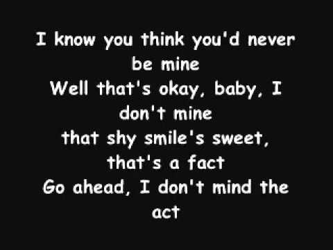 YouTube - Enrique Iglesias - Sad EyEs Lyrics.flv