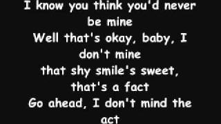 YouTube - Enrique Iglesias - Sad EyEs Lyrics.flv