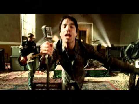 If It´s Love - Train (Music Video) / With Lyrics