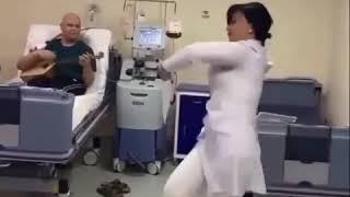 В Кисловодске медик станцевала для пациента больницы