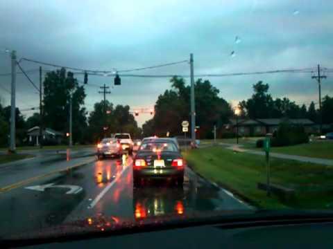 Louisville, KY Tornado Warning - June 22, 2011 w/ sirens