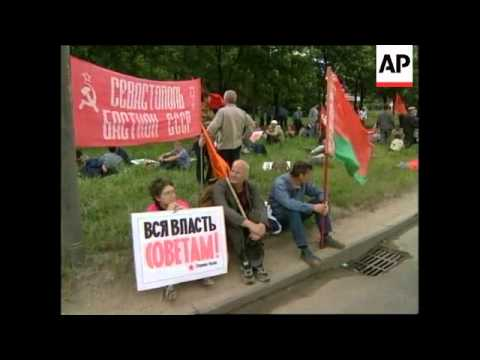 RUSSIA: MOSCOW: PROTESTORS DEMAND RESIGNATION OF GOVERNMENT