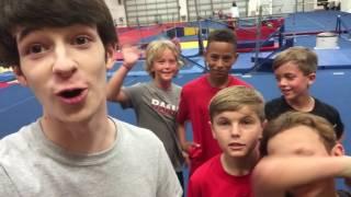 Fun Magic at a Birthday Party - Vlog #66