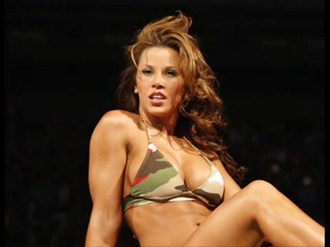 Top 10 hottest wwe divas youtube for Hottest wwe diva pictures