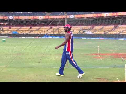 Chris Gayle and Kartik Murali bowling at the RCB team nets