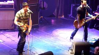 "Beatsteaks ""To Be Strong"" (Amsterdam 2011)"