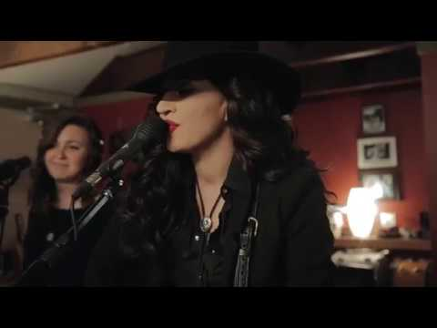Lindi Ortega - The Comeback Kid [Live]