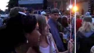 Rhymin Simon & Chicks vor der MZEE-Bühne beim SPLASH 2006