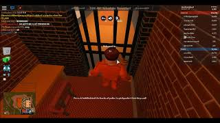 roblox jailbreak(trying to rob a bank)!!!