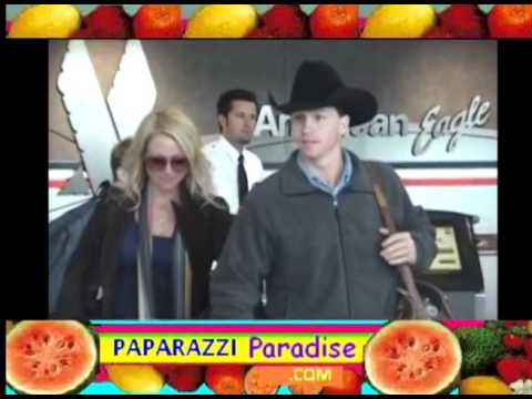 JEWEL and her cowboy husband TY MURRAY spotted at airport