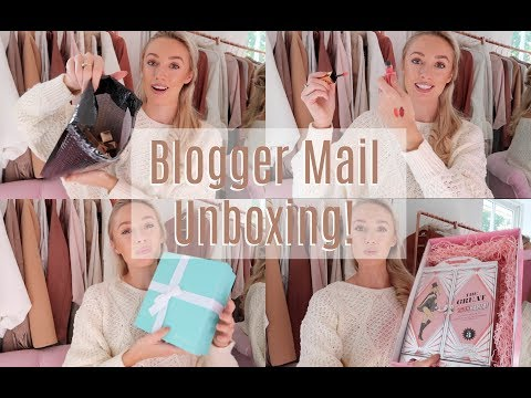 UNBOXING NEW BEAUTY LAUNCHES  //   Blogger Mail Haul!   // FASHION MUMBLR