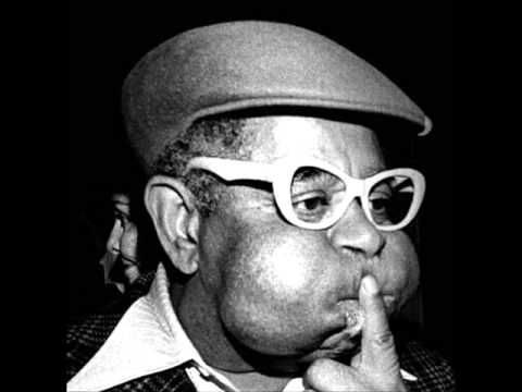 Dizzy Gillespie - Desafinado - YouTube