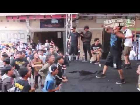 Fingerprint - Manusia Hina (Live @ Medan Hardcore Fest 2013)