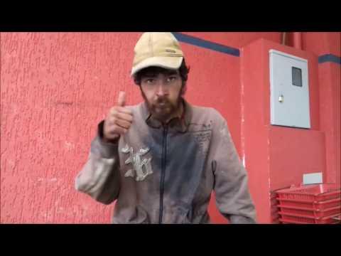Um morador de rua em Curitiba