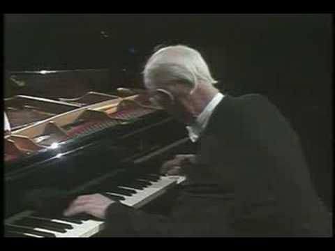 Rudolf Serkin - Beethoven Sonata No. 30, Op. 109 - Part 4