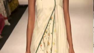 Baggit's Chic, Glamorous clutches sizzled the ramp at Lakme Fashion Week! Thumbnail