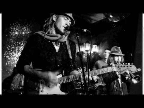 Pacha Mamma - Lay Down Your Guns (album version)