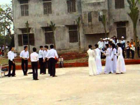 A2 THPT Giao Thủy B 2007-2010 - văn nghệ- Giấc mơ tà áo trắng