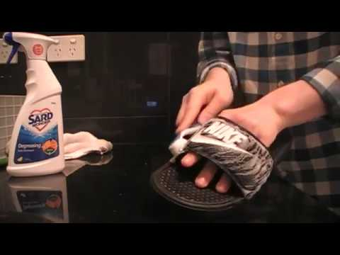 Cleaning Nike slides (ASMR)