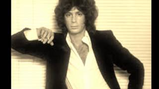 Watch Eric Carmen She Did It video