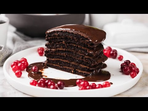 Chocolate pancakes the best way for surprise your guests