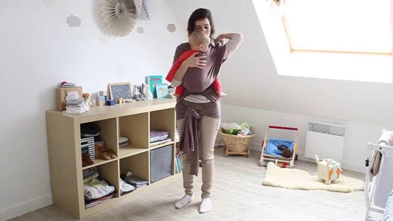ec718cd9ecfb Ergobaby, l écharpe Stretch - YouTube