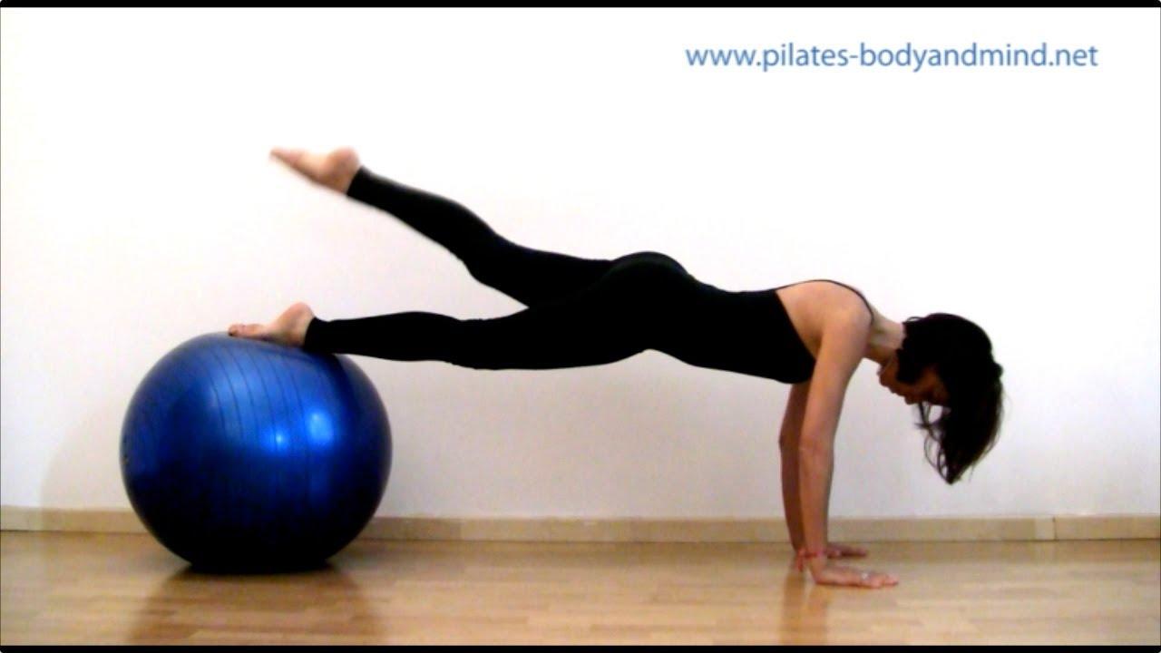 Pilates - Esercizi con la Palla (Gym Ball) - YouTube a89836ac680b