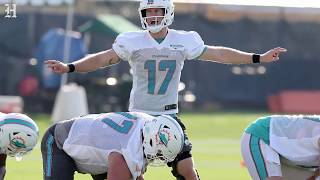 Miami Dolphins Tannehill has learned to trust his knee and his offensive line