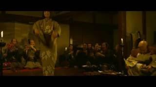 中谷美紀のはっちゃけた踊り(映画「清須会議」2013年 東宝) Miki Naka...