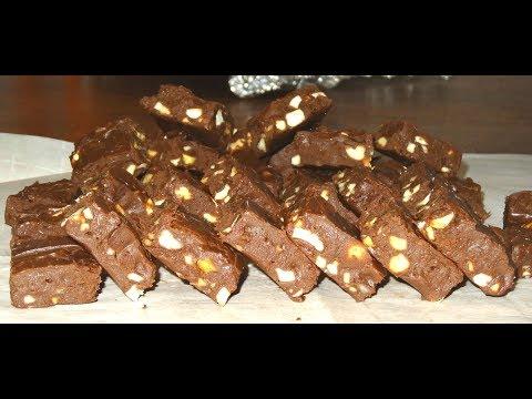 Easy Chocolate Fudge Recipe   Fudge Recipe    Easy Microwave Fudge