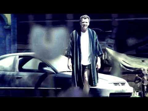 Fringe | 5x01 | Walter Bishop loves music