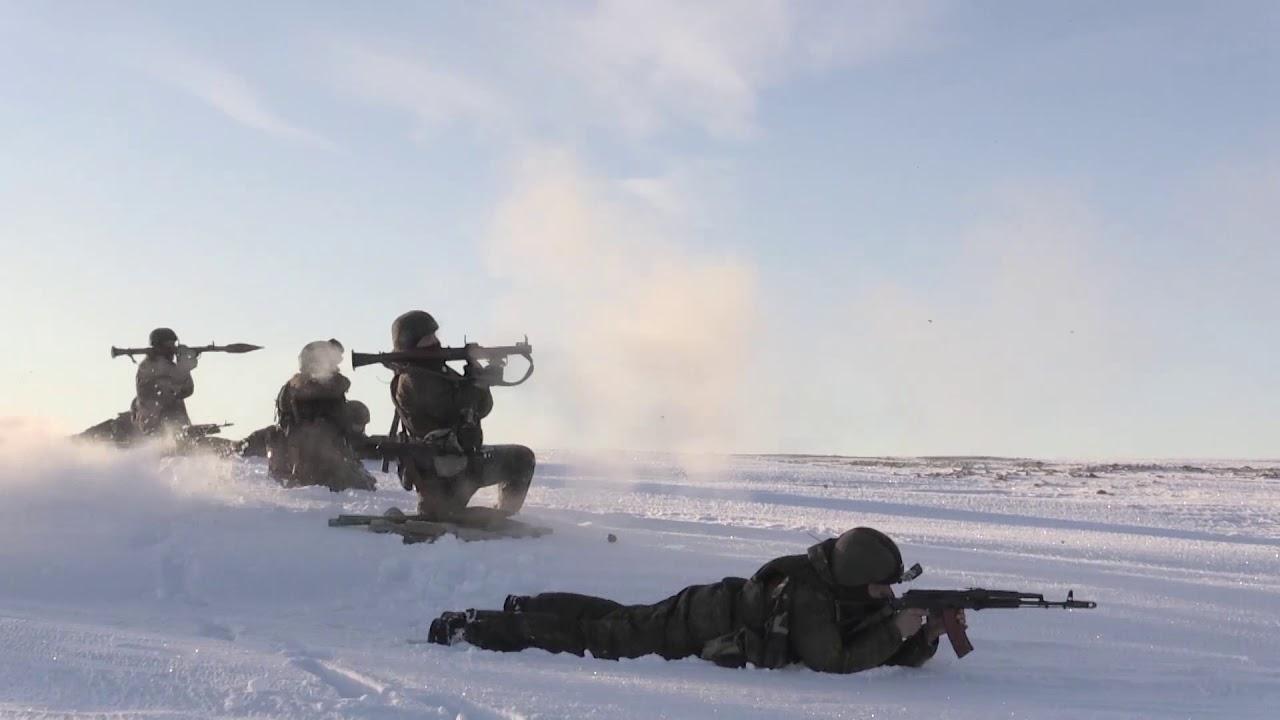 Арктические мотострелки СФ высадились на остров Голомянный архипелага Северная Земля