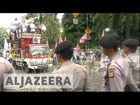 Indonesia to disband hardline group Hizbut Tahrir