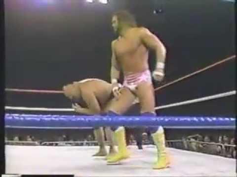 Randy Savage vs Killer Khan