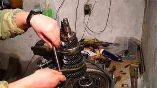 установка вилок переключения скоростей ВАЗ-2109