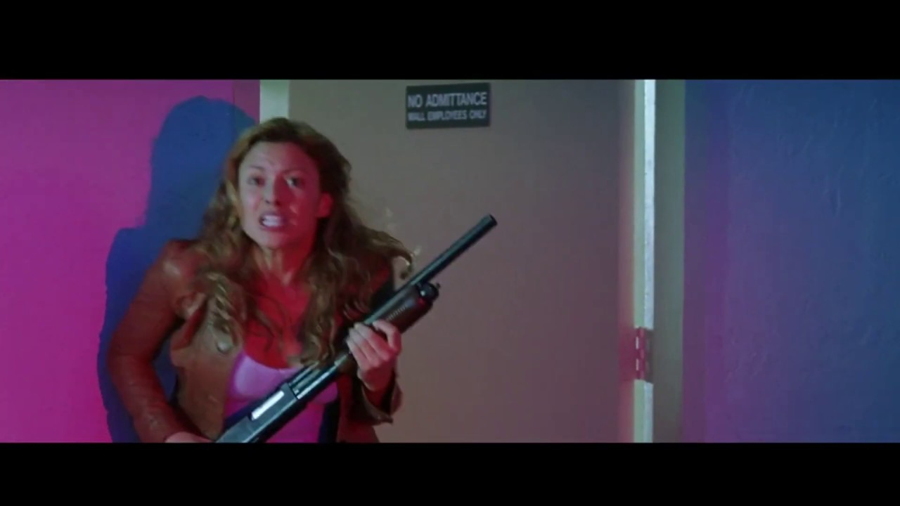 Download eight legged freaks but its the best scene in the movie